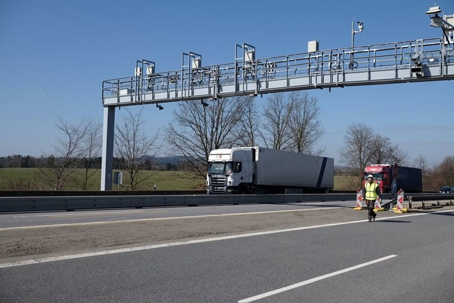 It will be easier for carriers to pay motorway tolls, European toll system will be launched