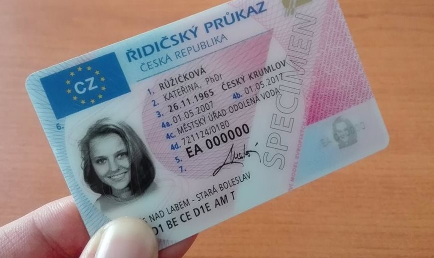 In 2020, more than 850,000 driving licenses will expire