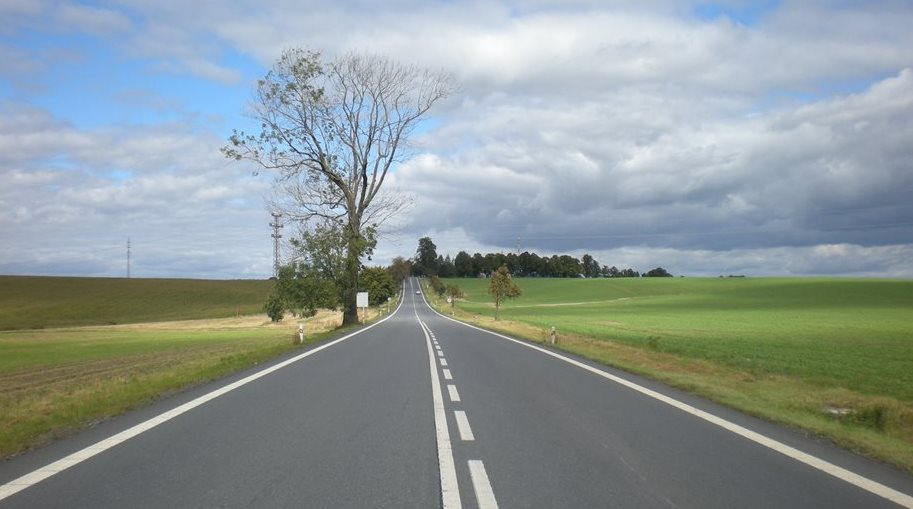 The Central Bohemian, South Bohemian and Pilsen regions will get most resources for repairing roads